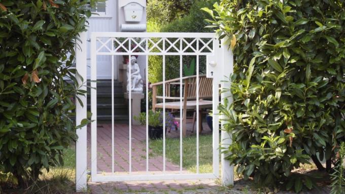 Klassisches Gartentor